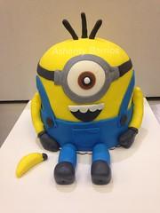 Minion (Fondant) (Ashanty Barrios) Tags: chicago cake banana stuart fondant minions minion minioncake marianosfreshmarket