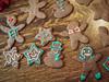 Sara's Creations (raddad! aka Randy Knauf) Tags: raddad6735212 raddad randyknauf raddad4114 randy knauf gingerbreadman gingerbread gingerbreadmen chirstmastradition hickory hickorynorthcarolina family