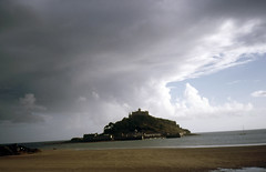 img883 (foundin_a_attic) Tags: 1984 st michaels mount mullion ctcoe cadgwith falmouth rose land cornwall sea cost waves sky clouds light beach castle causeway cobbled country crossing cut england island isolated low mountsbay off penzance seaweed stmichaelsmount tide uk west