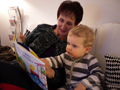 Avec Mamie (Dahrth) Tags: gf1 gf120 gf120mm lumixgf1 panasoniclumixgf1 20mmpancake boy littleboy kid grandmother grandmère lecture oùestdoncmamaison reading