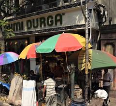 Kolkata streets 3 (victoriaei) Tags: india kolkata october streetscenes street people outdoors bengal autumn travel d5300 indianstreetphotography streetphotography asia nikon