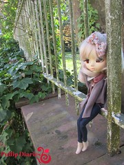 Carole In The Parc (Little Queen Gaou) Tags: garden doll girly enjoy carol groove pullip taeyang
