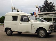1976 Renault 4 F4 Combi (rvandermaar) Tags: 1976 renault 4 f4 combi renault4 r4 quatre renault4f4 sidecode3 import 06yd33 rvdm