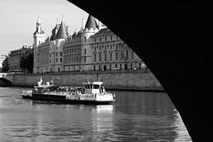 conciergerie (glookoom) Tags: bw paris monochrome seine noiretblanc lumire contraste quai