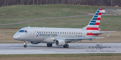 20160104_0109 (HarryMorrowPhotography) Tags: imagescopyrightofharrymorrowtradingasharrymorrowphotogr imagescopyrightofharrymorrowtradingasharrymorrowphotography n122hq american eagle operated by republic airlines embraer emb175 seen here port columbus oh very wintery day full snow showers jan 2016