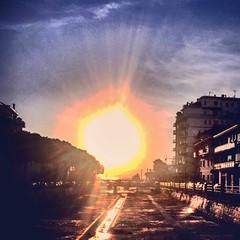 #sun #sea #italy #love #fotografia #followmyphoto #followme #flower #nofiltre #photo #inlove #sky (anjadomi) Tags: sun sea italy love fotografia followmyphoto followme flower nofiltre photo inlove sky