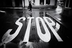 cross the street (Sandy...J) Tags: street streetphotography blackwhite bw monochrom urban city walking women reflection sony rx100 sw