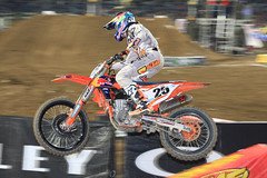 "San Diego SX 2017 • <a style=""font-size:0.8em;"" href=""http://www.flickr.com/photos/89136799@N03/32229247251/"" target=""_blank"">View on Flickr</a>"