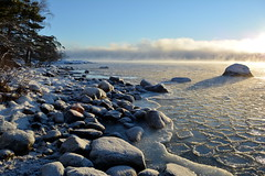 Freezing sea and distant sea smoke at -20°C (Kallahti, Helsinki, 20170106) (RainoL) Tags: 2017 201701 20170106 cold d5200 fin finland geo:lat=6018406443 geo:lon=2515033313 geotagged helsingfors helsinki ice kallahdenniemi kallahti kallvik kallviksudden nordsjö nyland seafog seasmoke uusimaa winter vuosaari