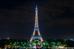 Paris_Tour-Eiffel_l´heure-bleu_25042007_3 (giesen.torsten) Tags: paris seine latoureiffel eiffelturm blauestunde nikon nikond200 tokinaaf1224mmf4