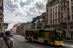 bus (andrzej91) Tags: street city bus green saint st yellow architecture nikon russia sigma petersburg 200 mm 18 andrzej 18200mm d90 cahlenstein andrzej91