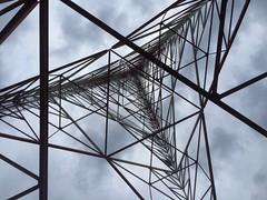 WKRC Broadcast Tower (Travis Estell) Tags: tower cincinnati uptown broadcasting tvtower mtauburn televisiontower broadcasttower