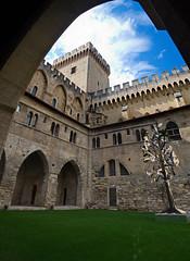 0295 - Europatour 2014 - Frankreich - Avignon - Pabstpalast (uwebrodrecht) Tags: france castle frankreich europa schloss avignon palast uwe papst brrodrecht