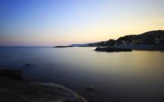 Riva Ligure (Ste Cube) Tags: longexposure sunset sea tramonto mare liguria lungaesposizione hoyandx400 stecube