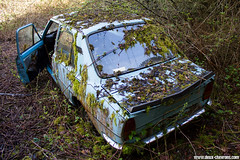 Casse auto - Skoda 105 (Deux-Chevrons.com) Tags: skoda105 skoda 105 car coche voiture auto automobile automotive derelict neglected abandon abandonned rust rusty rusted rouille épave wreck wrecked casseauto casse barn find barnfind