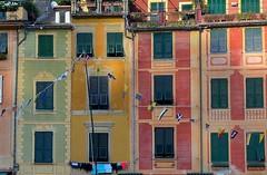 Portofino - particolare D32241R2 (gio.pas_sm) Tags: portofino facciate liguria tigullio mare borgo