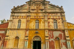 "Great mosque of Porto Novo, a copy of a church in Salvador de Nahia in Brazil.  Benin  Jan 2017 #itravelanddance • <a style=""font-size:0.8em;"" href=""http://www.flickr.com/photos/147943715@N05/31420981233/"" target=""_blank"">View on Flickr</a>"