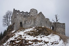 P3064700_02 (bl!kopener) Tags: austria olympus pen epl3 lumix 14mmf25 28mm photostitching stitching stitched 2014 3x2 castle winter tyrol reutte historical building ruin f25 composition panasonic