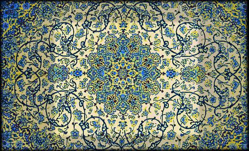"""Alfombras, espacios íntimos que simbolizan templos, árboles de la vida y el conocimiento, astros y paradisos. • <a style=""""font-size:0.8em;"""" href=""""http://www.flickr.com/photos/30735181@N00/31766537774/"""" target=""""_blank"""">View on Flickr</a>"""