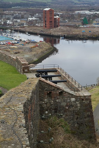 Dumbarton Castle to Town