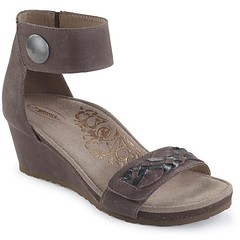"""Aetrex Becca sandal stone • <a style=""""font-size:0.8em;"""" href=""""http://www.flickr.com/photos/65413117@N03/32111679214/"""" target=""""_blank"""">View on Flickr</a>"""