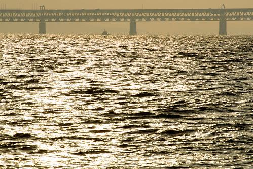 関西空港連絡橋2・Sunset over Kanku Airport Bridge