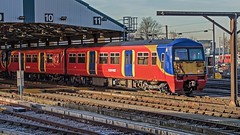 456024 (JOHN BRACE) Tags: 1990 brel york built class 456 emu clapham junction station south west trains livery