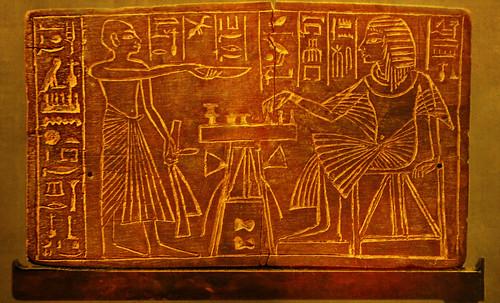 "Senet - Lujoso sistema de objetos lúdicos obsequio del dios Toht a la faraona Nefertari • <a style=""font-size:0.8em;"" href=""http://www.flickr.com/photos/30735181@N00/32399622591/"" target=""_blank"">View on Flickr</a>"
