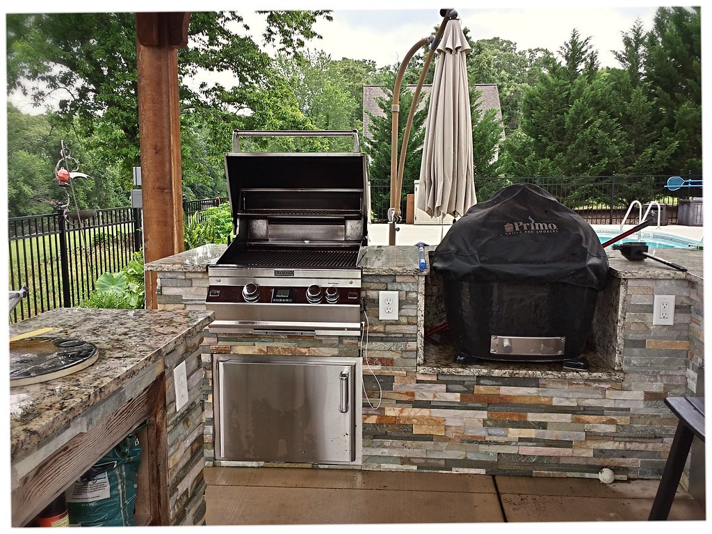 Custom Outdoor Kitchen, Dalton Ga.