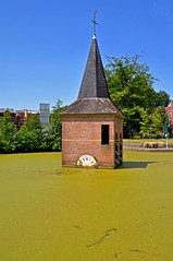 Kerktoren Universiteit Twente (Grolschboy) Tags: green church nature water ut enschede kerk greenwater universiteittwente universityoftwente