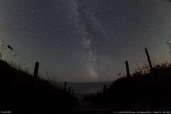 Le chemin (Ludtz) Tags: ocean sea mer beach night canon stars brittany bretagne atlantic breizh ciel sk 29 nuages nuit plage etoiles bzh milkyway finistre atlantique startrail voielacte trvignon pennarbed fildtoiles 5dmkii canoneos5dmkii ludtz zenitarfisheye16 28