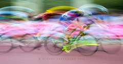Prudential RideLondon 2015: Women's Grand Prix (29/50) (Stuart Stevenson) Tags: uk abstract colour london sport photography cycling scotland trails buckinghampalace cycle slowshutter pan colourful panning prudential icm themall gbr prl clydevalley ridelondon olympiclegacy stuartstevenson prudentialridelondon appicoftheweek