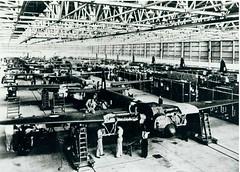 Mosquito production line, de Havilland, Bankstown, 1943 (Royal Australian Historical Society) Tags: transport mosquito dehavilland bankstown productionline rahs