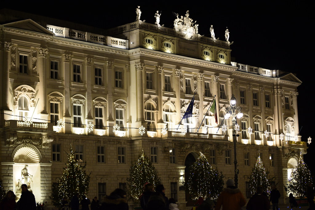 The world 39 s best photos of christmas and mercatini for Mercatini natale trieste