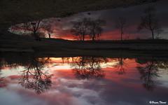 Reflexion (Bruno. Thomé) Tags: pentaxk1 smcfa24mmf20 coucherdesoleil reflet paysage france indreetloire chinon