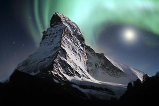 Matterhorn and aurora borealis