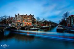 Papiermolensluis @Amsterdam yesterday #bluehour (nldazuu.com) Tags: bluehour blauweuur burgerlijkeschemering nederland lekkeresluis avondfotografie avondopnames canal papiermolensluis nldazuucom blauwekwartier gracht nldazuufotografeertcom davezuuring grachtengordel noordholland brug brouwersgracht hoekprinsengrachtbrouwersgracht amsterdam
