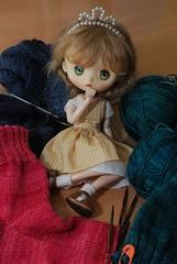 Homework gone mad! (Little little mouse) Tags: jerryberry basicberry obitsubody estebebe honeysuckle doll dpns knitting malabrigosockyarn langjawollmagic
