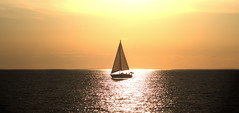 to a place we've never been (Thomas +/-) Tags: sail sailingboat plainsailing sailingtrip sailing boat sea ocean sun
