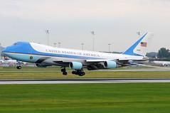 United States of America - US Air Force (USAF) Boeing 747-2G4B (VC-25A) - 82-8000 - Air Force One (Chris Jilli) Tags: america one us force air united summit states boeing usaf obama g8 barack g7 gipfel vc25a 828000 7472g4b