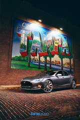 RFM_Aug 06 2015_TeslaModelS_TampaMural_web 1 (RFMartin Photography) Tags: canon tampa florida models tesla carphotography 813 electriccars automotivephotography carphotographer 5dmk3 rfmartinphotography p85d