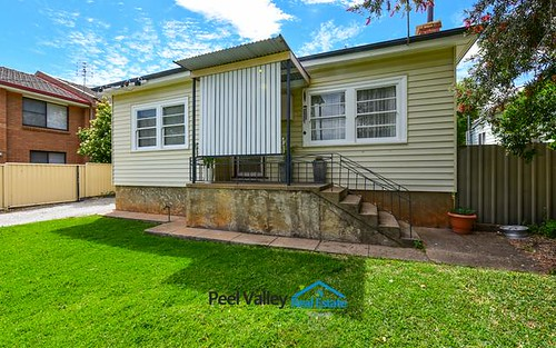 29 Hyman Street, Tamworth NSW 2340