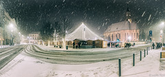 Winter Wonderland in Cluj-Napoca (Lucian Nuță) Tags: christmas market clujnapoca romania snow winter snowing landscape night wonderland cold