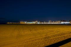 Playa de Poniente. Gijón. (David A.L.) Tags: asturias gijón playa playadeponiente poniente anochecer anochece