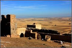 Alcazaba de Reina (Doenjo) Tags: extremadura alcazaba reina canon450d