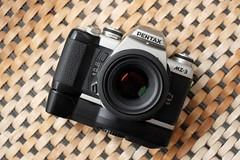 DSCF2102a (Jonathan_in_Madrid) Tags: pentax mz3 cameraporn fujifilmxm1 fujinonxf35mmf14