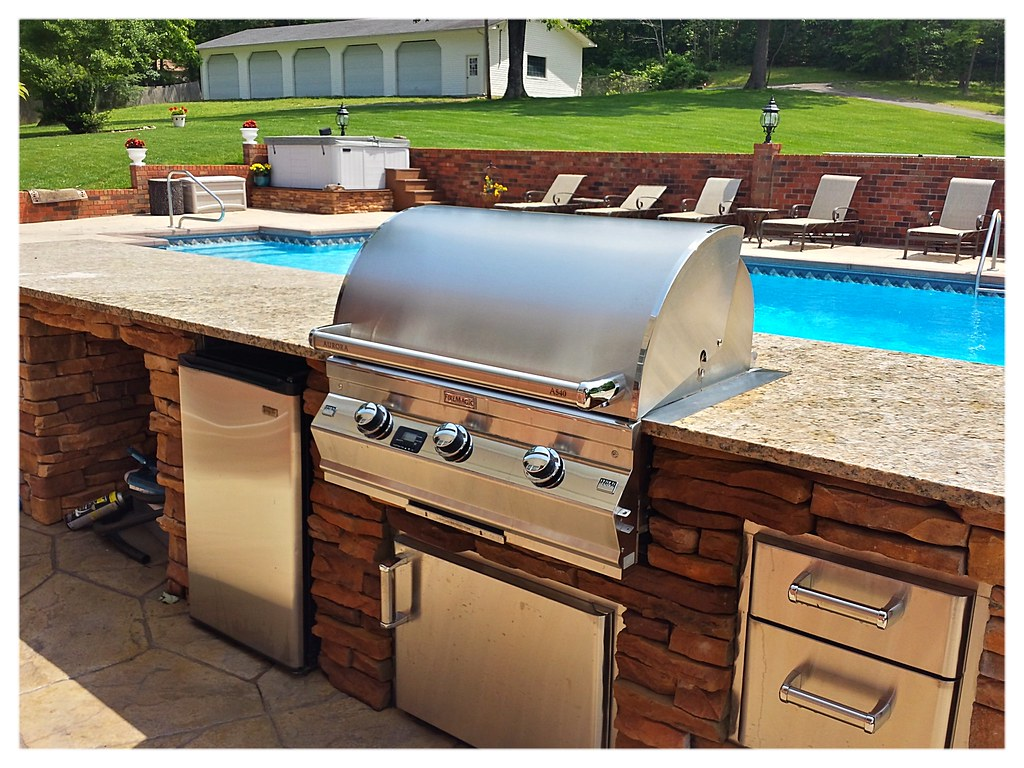 Custom Outdoor Kitchen, GA.