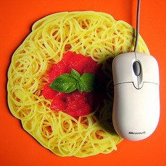 Italian lifestyle (Vulk.an) Tags: italy 15fav orange topv111 computer square mouse office pc italian mine italia desk lifestyle pasta mousepad microsoft spaghetti mybest top20colorpix savevulkan