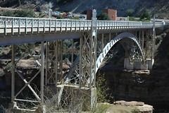 Salt River Canyon Bridges, Arizona (Thad Roan - Bridgepix) Tags: travel bridge arizona river photo photos footbridge bridges pedestrian bridging saltrivercanyon carrizo nationalregisterofhistoricplaces nrhp bridgepixing 200603 bridgepix bridgeblog gilacounty 88001608 milepost2929 apachebridge