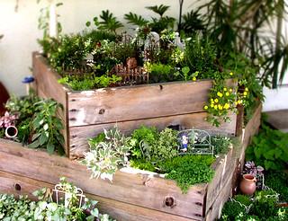 salvage garden/ miniature faery garden